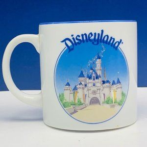 Disneyland coffee mug cup vtg Cinderella Castle